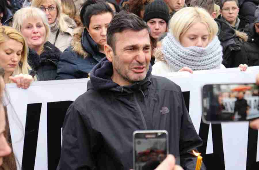 TUGA DO NEBA: Davor Dragičević dočekao kovčeg s Davidovim tijelom u Austriji