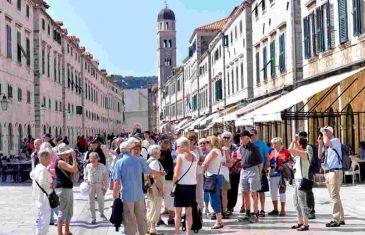 'Ovo je Srbija, osjećam se kao svoj na svome': Došla na ljetovanje u Dubrovnik pa usred grada napravila…