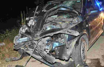 KAKAV UŽAS: Mladić ukrao automobil na pumpi, zakucao se u kuću i na mjestu POGINUO