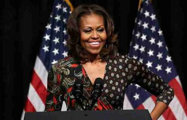 Mnogo detalja iz privatnog života: Memoari Mišel Obama prodati u tri miliona primjeraka