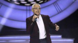 Milenko Pavlović oduševio nastupom u emisiji 'Nikad nije kasno' Radnim danima vodi skupštinu, a vikendom je muzička zvijezda