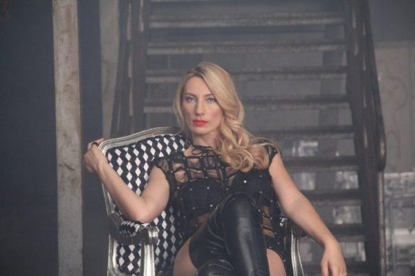 Poznata pjevačica otkrila zašto nikada u javnosti ne govori o svom suprugu