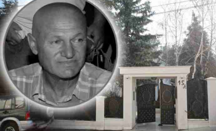 Sutra se navršava mjesec dana od smrti Šabana: A ovo su danas ostavile dvije žene na grobu Šaulića, i KAMEN BI ZAPLAKAO