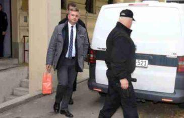 Zaposlenik u ministarstvu FBiH dobio tri godine zatvora: Falsifikovao diplomu, zaposlio se, pa izdavao lažna uvjerenja