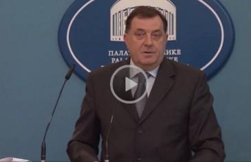 Milorad Dodik napao novinarku: Šta lažeš ti, šta ti misliš ko si?!