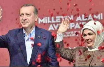 Izjave turske prve dame digle svijet na noge: Šokantne izjave o javnim kućama i položaju žene u društvu