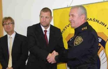 Tatini sinovi pod zaštitom policije i tužilaštva KS autima gaze građane Sarajeva!