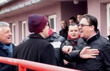 """""""Ništa se ne bi dogodilo da Dino Selimović nije širio ruke prema meni, treba da te pustim u mojoj kući da me gaziš?!"""""""