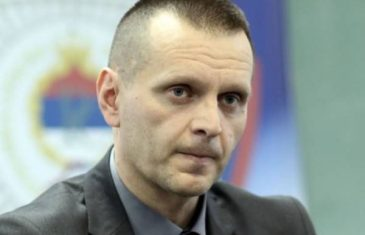Osvanuo ratni snimak kako Dragan Lukač pali bošnjačka sela oko Bihaća!