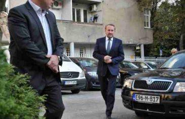 100 HILJADA 'ZELENIH TERMITA': Za rođaka Izetbegovićevog savjetnika ne vrijedi moratorijum na zapošljavanje