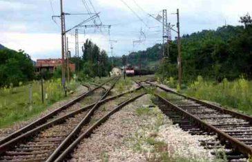 Nesreća u Semizovcu kod Sarajeva: Voz pregazio ženu koja je pokušala da spasi dvoje maloljetne djece