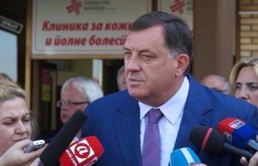 RASPIRIVANJE MEĐUNACIONALNE MRŽNJE: Dodik u Srebrenici ponovo negirao genocid nad Bošnjacima