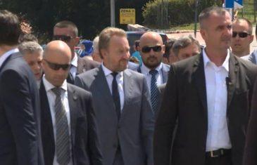 """Izetbegovićeva izjava uznemirila """"srbijanske jastrebove"""""""