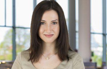Švedska ministrica bh. korijena, Aida Hadžialić, podnijela ostavku zbog vožnje u…