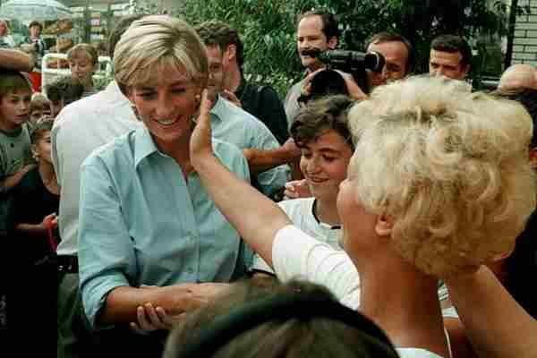 Patolog otkrio istinu o glasinama da je princeza Diana bila trudna kad je umrla