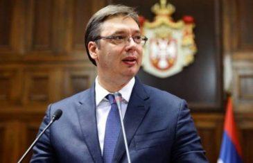 """VUČIĆEV INFORMER SE NASLAĐUJE: """"Srbijo, ne vjeruj Evropi, Makedonci su pristali na sve i dobili su…"""