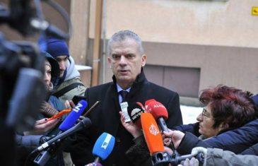 Radončiću prekršena prava, povrijeđena mu privatnost i nanijeta šteta reputaciji, šef EULEX-a u Prištini mora reagirati