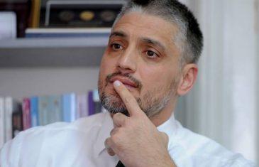 Zdravstveno stanje Čedomira Jovanovića teško i komplikovano: Doktori sumnjaju da ima emboliju pluća ili upalu kičmene moždine