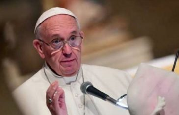 Papa obećao okončati prikrivanje zlostavljanja djece od strane svećenika