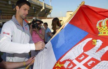 Japanac se zbog ĐOKOVIĆA preselio u Srbiju! Sada jede 100 ćevapa i kajmak, želi biti kao ON! Dobio je URNEBESAN ODGOVOR OD NOVAKA! HIT