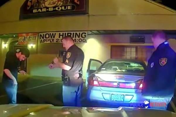 Zaustavili su mladića koji je vozio u alkoholiziranom stanju. Kada vidite šta je uradio da dokaže nevinost !(VIDEO)