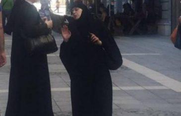 Ljepota Sarajeva: Kad se u srcu šehera sretnu časna sestra i pokrivena muslimanka… (FOTO)