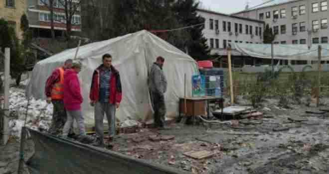 UZNEMIRUJUĆI SNIMAK: Borac u kampu preživio kliničku smrt, Hitna pomoć ga spasila u posljednji čas