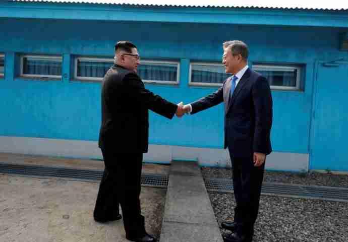 'NEĆE VIŠE BITI RATA': Historijski dogovor šefova dviju Koreja