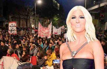 NAKON ŠTO JE KOLINDINA PORUKA ĐOKOVIĆU ODJEKNULA SRBIJOM: Karleuša odgovorila predsjednici Hrvatske sa samo dvije riječi…