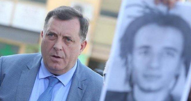 Ko savjetuje Dodika o Davidovoj smrti: SNSD pokazao da u svojim redovima ima psihopate kojima ni smrt mladića nije sveta