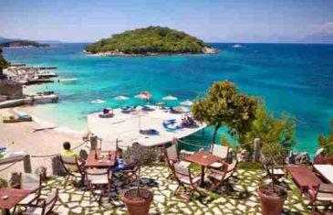 Zašto sve više turista ljetuje u Albaniji: Tirkizno more, čiste plaže, hotelski smještaj, polupansion, 10 dana za 350 eura!