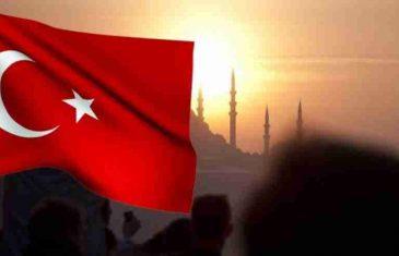 TURSKA OPREZNA: NA SNAZI OPET POLICIJSKI SAT, MASKE OBAVEZNE U TRI NAJVEĆA GRADA