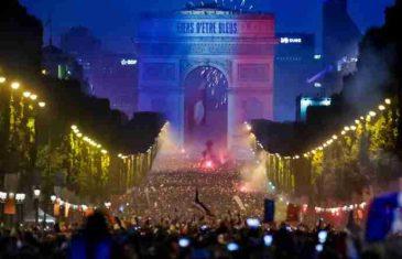 SVI PRIČAJU O PROSLAVI HRVATA, ALI ČEKAJTE SAMO DOK VIDITE DOČEK U FRANCUSKOJ: Ovakve prizore još nikada niste vidjeli!