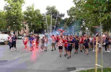 U Mostaru ne može bez skandala: Pogledajte šta su pjevali navijači Hrvatske
