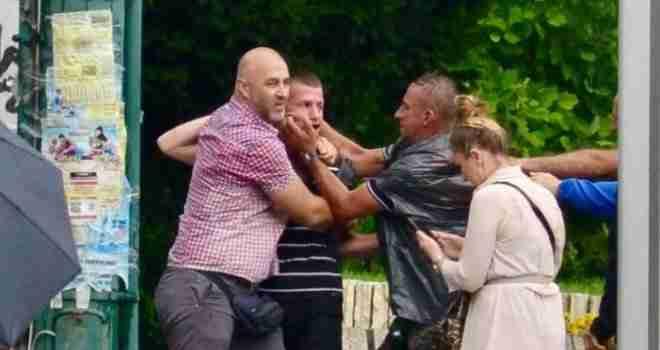 Borci udarali novinare: 'Vidio sam da ga drže za vrat, maltretirali su ga… Onda je prišla žena sa šipkom…'