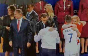 Ruska služba objasnila zašto je Putin imao kišobran na ceremoniji SP-a, dok su Grabar Kitarović i Macron pokisli do gole kože!