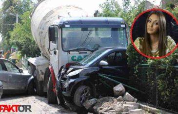 Sudar u Sarajevu: Mješalica udarila u automobil Verene Cerovine, pjevačica povrijeđena!