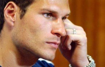 Oglasio se Asmir Begović: Ovo je za mene jedan od najtežih dana… Ne igram za selektore ni za Savez, nego…