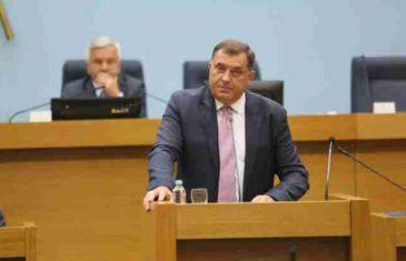"""HAJDE, MILE, AKO SMIJEŠ: """"Raspiši referendum ili prestani vodati Srbe žedne preko vode"""""""