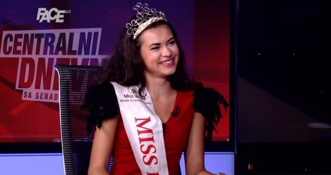 Hadžifejzović se rastopio u studiju: Ko je lijepa Sarajka Anđela Paleksić, nova Miss Bosne i Hercegovine?