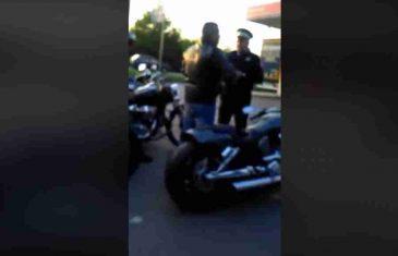 VIDEO KAO DOKAZ: Pogledajte kako su SPECIJALCI maltretirali bajkere kako im ne bi dozvolili dolazak na skup u Banjaluku