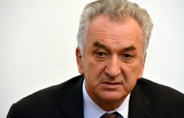 "MINISTRU ŠAROVIĆU PUKAO FILM: ""Ako SNSD i HDZ nastave sa blokadom, PREDLOŽIT ĆU…"