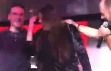 """ZANIMLJIVO Video postao hit Prosidba od koje će vam krenuti suze na oči: Uz pjesmu """" Kilo gore, kilo dole"""" zaprosio djevojku"""