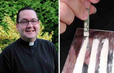 VELIKA AFERA U KATOLIČKOJ CRKVI: Ugledni svećenik šmrkao kokain u sobi punoj nacističkih obilježja!