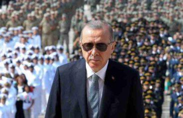 ERDOGAN U BEOGRADU, DRAMATIČNO U TURSKOJ: Tursko tužilaštvo naredilo privođenje više od stotinu osoba, evo za šta su osumnjičeni…
