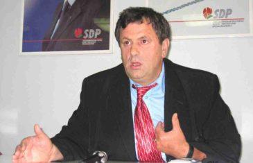 Preminuo Hakija Meholjić, ratni šef policije u Srebrenici