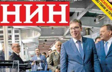 """KOLUMNA ANDREJA NIKOLAIDISA: """"Aleksandar Vučić koji je obilazio položaje sa kojih su građani Sarajeva ubijani, nije bio nacrtan… Bio je to pravi Vučić"""""""