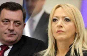 """ALEKSANDRA PANDUREVIĆ BRUTALNO ISMIJALA DODIKA: """"Još samo člansku kartu SDS-a da mu…"""