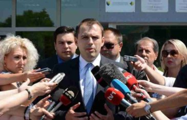 "REUF BAJROVIĆ ŠOKIRAO NACIJU: ""Amerika je uz nas, Macron laže, ako popustimo Dodiku – GOTOVI SMO…""! (VIDEO)"
