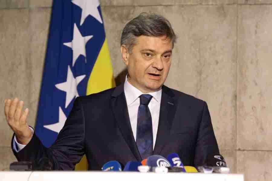 ČOVIĆU OPET NEĆE BITI DOBRO: Zvizdić govorio o provođenju reformi pa spomenuo…